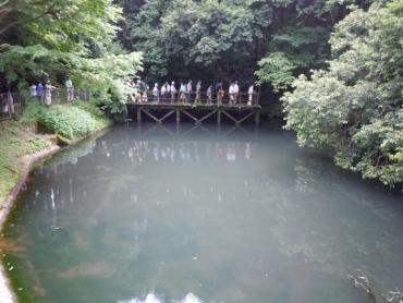 水の尾水源池の講話