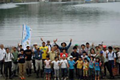 小網代の森緑地でボランティア活動への参加